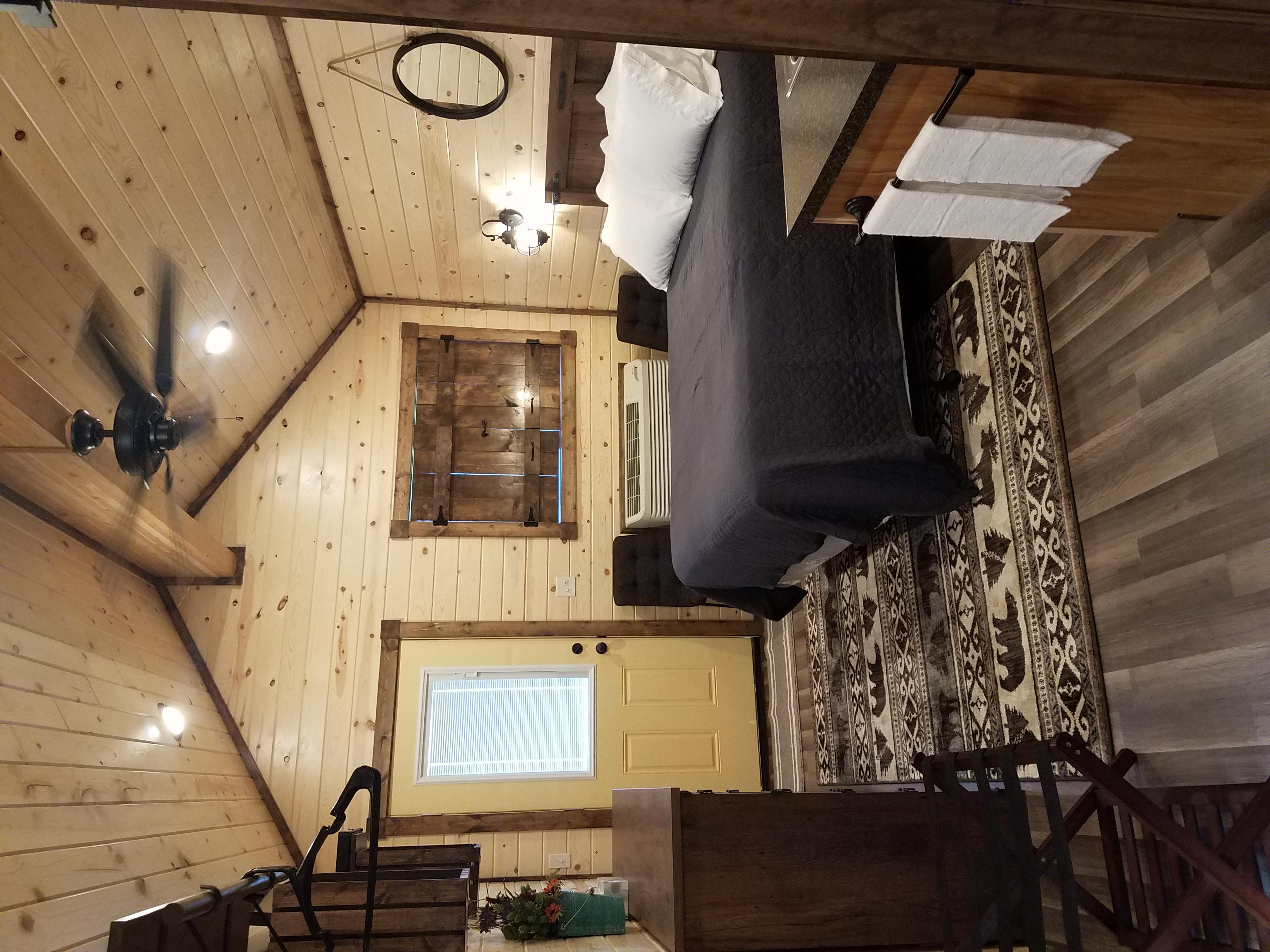 interior 3 b